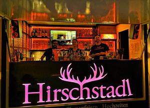 Fahrbare Cocktailbar für den Großraum München mit bis zu vier Barkeepern für Cocktail Catering