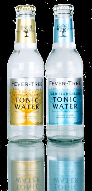zwei Fever Tree tonic flaschen